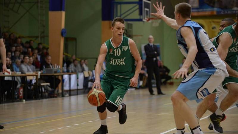 Początek 2018 roku nie należy do koszykarzy WKS-u. Tym razem zespół Radosława Hyżego przegrał w Kłodzku derby Dolnego Śląska, fot. WKS Śląsk Wrocław